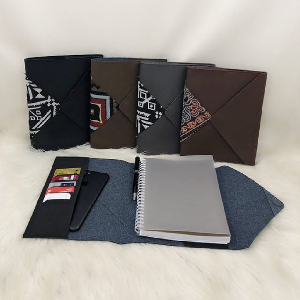 Agenda A5 Leather M-23